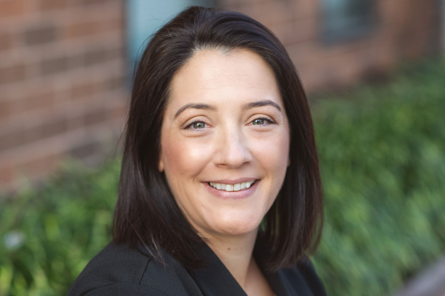 Holly Hollingsworth | Cardinal Investment Advisors